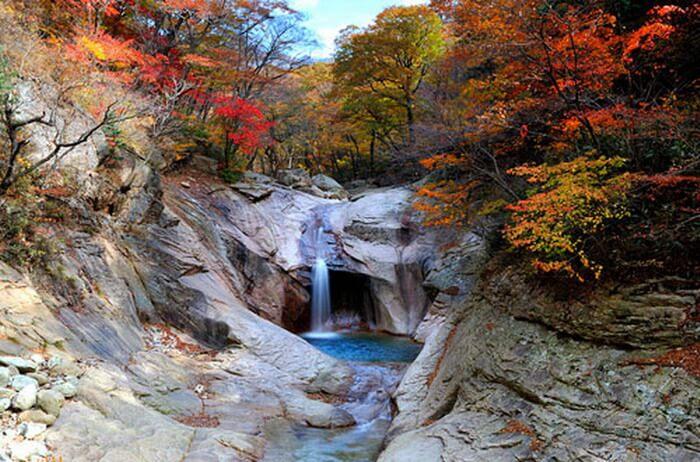 Núi Seoraksan mùa thu hàn quốc