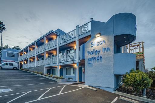 Thung lũng Silicon là trung tâm khai thác tài nguyên công nghệ thông tin